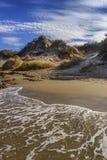 普利亚最美丽的沙滩  Salento海岸:Frassanito海滩意大利 从Torre Dell ` Orso和奥特朗托含沙co 免版税库存照片