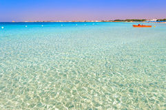 普利亚最美丽的沙滩:波尔托切萨雷奥海军陆战队员, Salento coastITALY (莱切) 它是一个旅游胜地由于它的s 库存图片