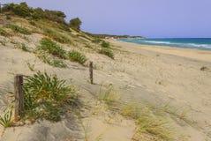 普利亚最美丽的沙滩  Salento海岸:Alimini海滩,意大利莱切 免版税库存照片