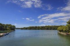 普利亚风景:Alimini湖,意大利被保护的绿洲  库存图片