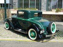 普利茅斯1932 PA 3窗口小轿车 免版税库存照片
