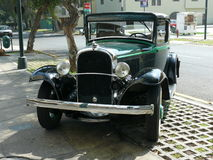 普利茅斯PA 3窗口小轿车在1932年制造的 图库摄影