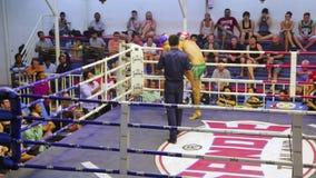 普吉岛,泰国- 2014年6月:泰拳箱子比赛 影视素材
