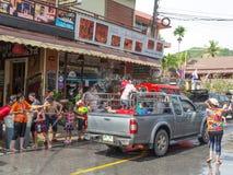 普吉岛,泰国- 2017年4月13日:泰国佛教新年的庆祝- Songkran 库存照片