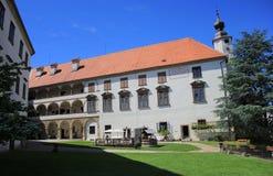普图伊城堡庭院,斯洛文尼亚,欧洲 图库摄影