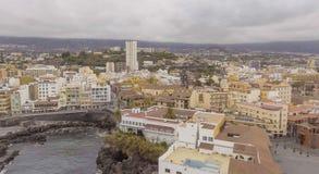 普埃尔托德拉克鲁斯,特内里费岛鸟瞰图  免版税图库摄影