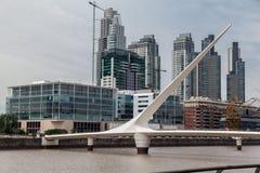 普恩特de la Mujer Bridge阿根廷 图库摄影