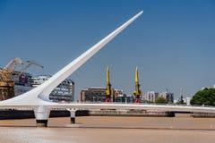 普恩特de la Mujer Bridge阿根廷 免版税库存图片