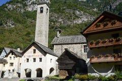 普拉托Sornico村庄Magga谷的 免版税库存图片
