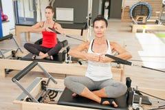 普拉提的健身房 免版税库存图片