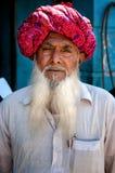 普斯赫卡尔,印度- 2013年3月06日:有白色胡须画象的未定义人 图库摄影
