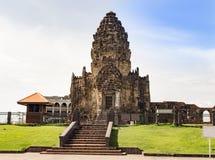 普朗山姆yod寺庙lopburi泰国猴子寺庙亚洲 免版税图库摄影