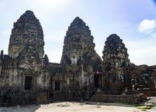 普朗山姆yod寺庙lopburi泰国猴子寺庙亚洲 免版税库存图片