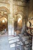 普瓦捷,法国- 2016年9月12日:圣约翰Poitie内部Baptistere圣徒吉恩洗礼池  图库摄影