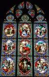 普瓦捷,法国- 2016年9月12日:非常老教会Notre水坝 库存照片