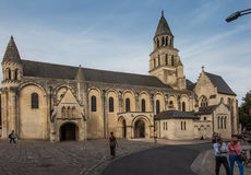 普瓦捷,法国- 2016年9月12日:非常老教会Notre水坝 免版税库存图片
