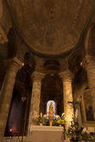 普瓦捷,法国- 2016年9月12日:非常老教会Notre水坝 图库摄影