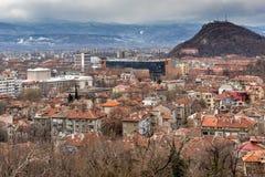普罗夫迪夫,保加利亚- 2016年12月30日:市全景从Sahat tepe小山的普罗夫迪夫 图库摄影