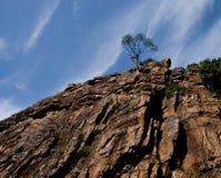 普罗旺斯传统岩石山 库存照片