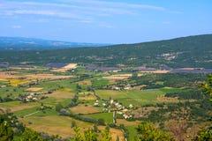 普罗旺斯和淡紫色领域鸟瞰图  免版税图库摄影