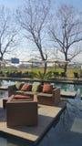 普罗梯亚木旅馆水池甲板- O RTambo 库存照片