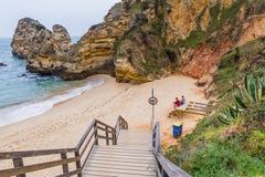 普腊亚做卡米洛,拉各斯葡萄牙 免版税图库摄影