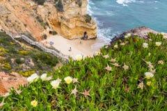 普腊亚做卡米洛,拉各斯葡萄牙 免版税库存照片