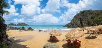 普腊亚全景做Cachorro海滩在维拉dos Remedios - 库存照片