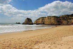 普腊亚da Rocha,阿尔加威,葡萄牙 免版税图库摄影