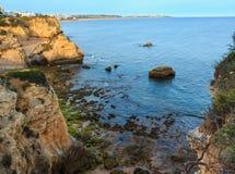 普腊亚dos Beijinhos Lagoa,葡萄牙 免版税图库摄影
