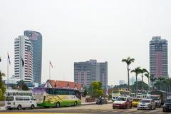 普通的街道交通在吉隆坡,马来西亚的中心 库存图片