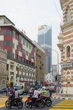 普通的街道交通在吉隆坡,马来西亚的中心 图库摄影