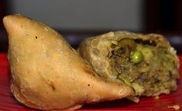 普遍的印度快餐Samosa 库存照片