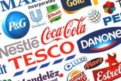 普遍的食物商标公司的汇集在纸打印了 免版税库存图片