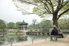 景福宫宫殿Hyangwonjeong六角亭子在汉城,韩国 在1873年架设由Gojong国王皇家命令  图库摄影