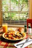 晴朗早餐的日 库存图片