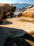 晴朗的海滩 免版税库存照片