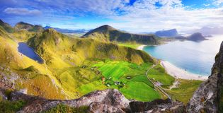 晴朗的秋天天在挪威 免版税库存图片