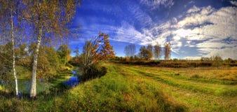 晴朗秋天的日 库存图片