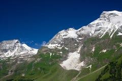 晴朗阿尔卑斯的日 免版税库存照片