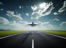 晴朗飞机的日 库存图片