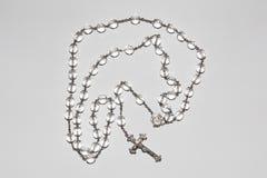 水晶和银念珠小珠 免版税库存照片