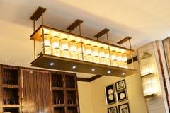 水晶天花板照明设备 库存图片