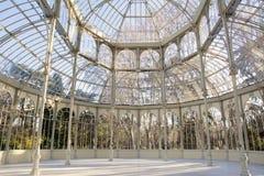 水晶宫,玻璃结构在Retiro公园 免版税图库摄影