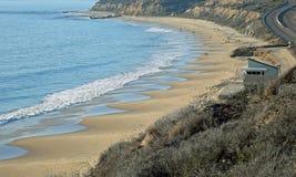 水晶小海湾国家公园海滩看法在南加州 免版税图库摄影