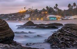 水晶小海湾长的曝光在黄昏的 免版税库存图片