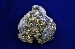 晶族硫铁矿 图库摄影