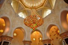 水晶枝形吊灯回教族长扎耶德Grand Mosque 库存照片