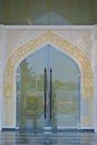 水晶清真寺的大门在登嘉楼,马来西亚 库存照片
