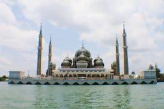 水晶马来西亚清真寺被射击的被采取的terengganu是 免版税库存图片
